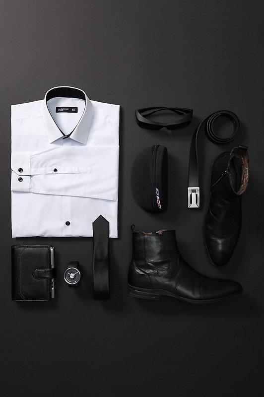 schwarz-auf-schwarz-gross.jpg