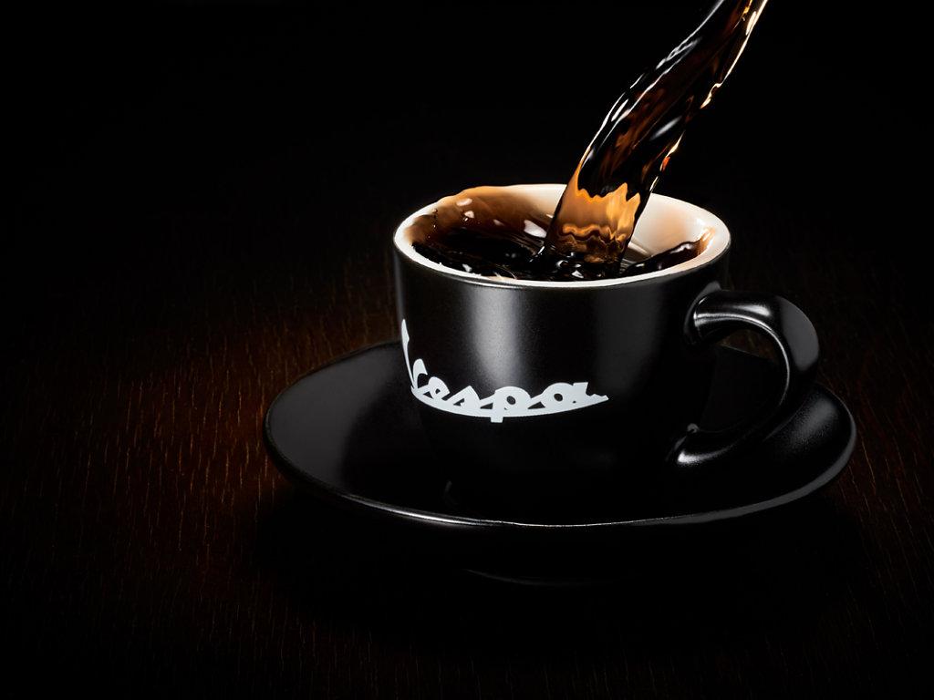 pour_coffee